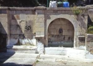 Fonte Vecchia di San Giovanni Lipioni
