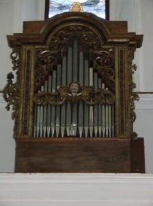 Organo della chiesa della Trasfigurazione di Torrebruna